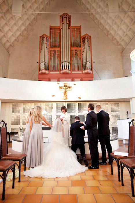 Volerenga kirke bryllupsfotografering Oslo